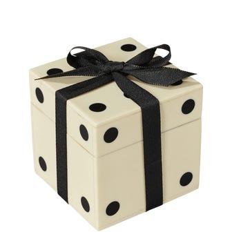 Dice Box and 6 Dice - White