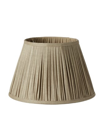 Pleated Linen Lampshade & Carrier (35) - Natural