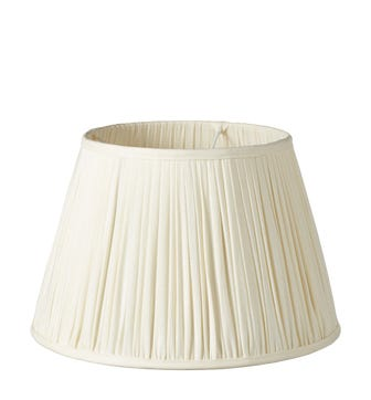 Pleated Linen Lampshade & Carrier (40) - Ecru
