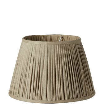 Pleated Linen Lampshade & Carrier (40) - Natural