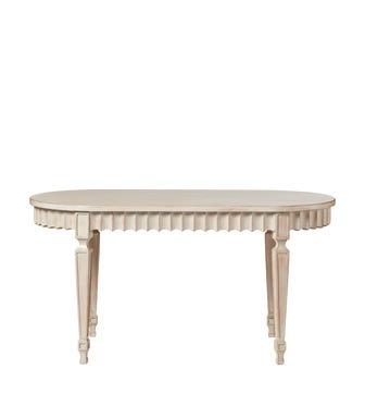 Ruffelen Dining Table