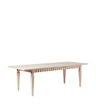 Ruffelen Extendable Dining Table