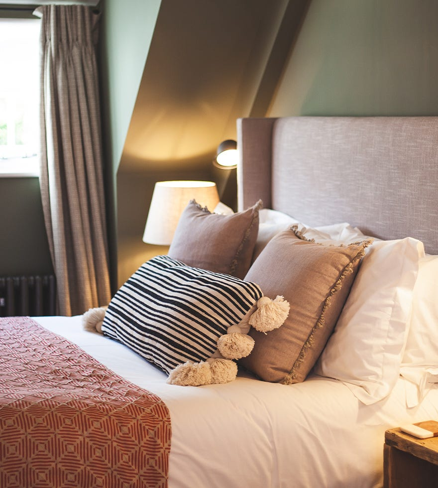 How to create your own five-star bedroom
