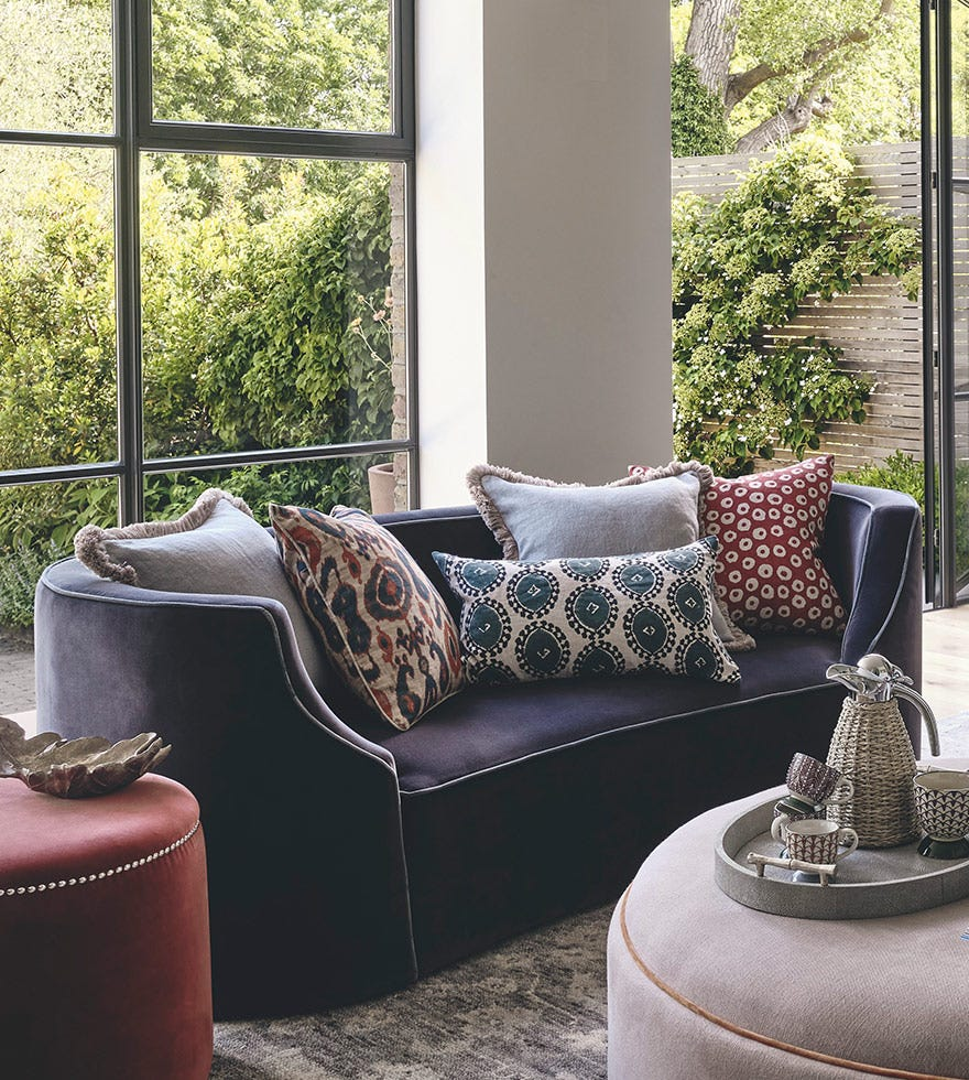 The art of arranging cushions